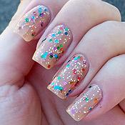 Esmalte Nude com Glitters Coloridos