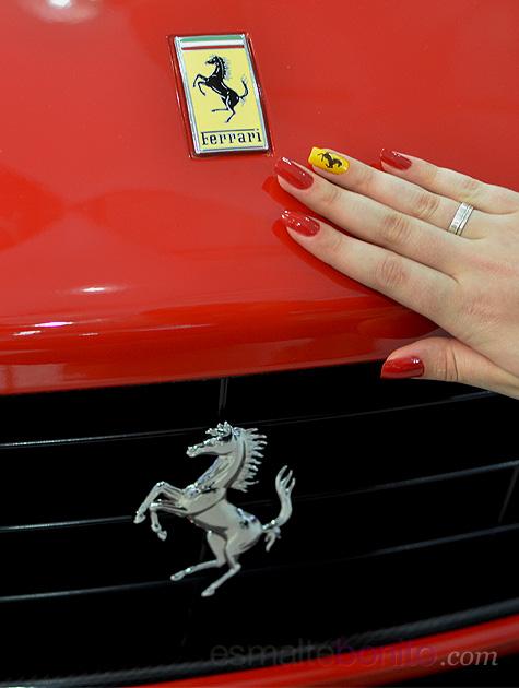 Unhas Decoradas Ferrari