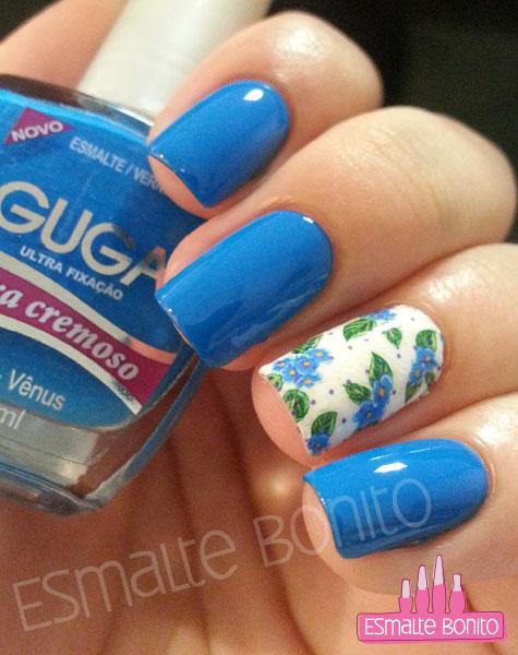Adesivo de Flores Azuis