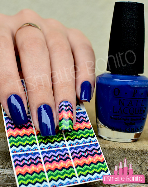 Unhas Decoradas Zig Zag e Esmalte Dating a Royal OPI