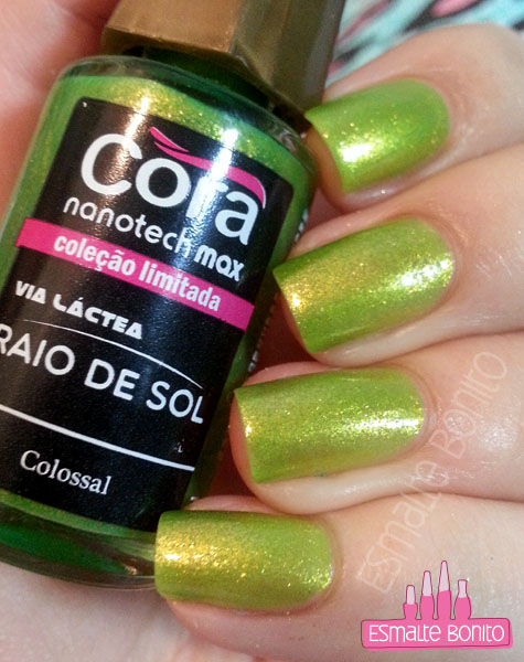 Colossal - Cora