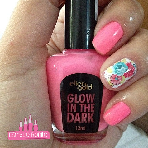 Adesivo de Unha Floral Delicado + Esmalte Glow In The Dark