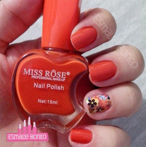 Adesivo de Unha Flores Coloridas + Esmalte Miss Rôse