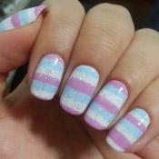 Nail Art Listras em Tom Pastel