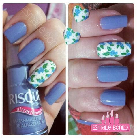 Adesivo de Unha Florzinhas Azuis