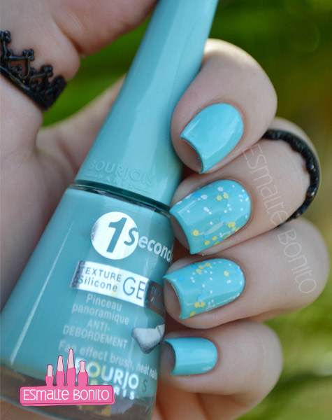 Esmalte Blue no Blues Bourjois