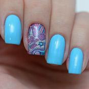 Esmalte Azul Ipanema Preta Gil + Adesivo Paisley