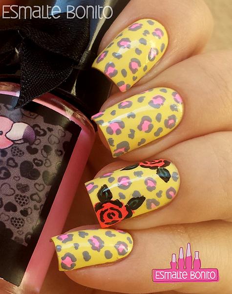 Nail Art Oncinhas + Rosas