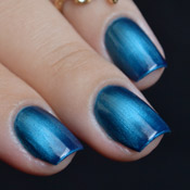 Esmalte Blue-Black Bruna Marquezine Degradê