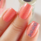 Matte La Femme + Glitter Fraco 5cinco + Cutting Sticker Manicure
